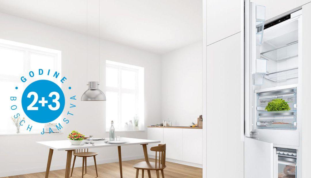 2 godine tvorničkog jamstva + 3 godine dodatnog Bosch jamstva na ugradbene hladnjake i zamrzivače